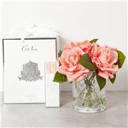 Cote Noire -  White Peach Roses In Herringbone Glass Vase