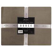 Jenny Mclean - Douce Throw Tan 130x180cm