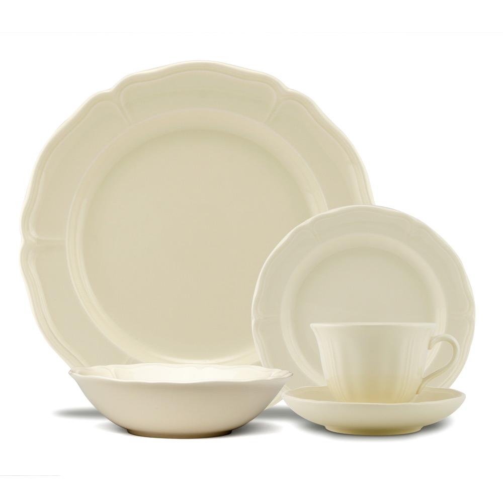 Wedgwood - Queen's Plain Dinner Set 20pce