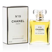Chanel - No. 19 Eau de Parfum 50ml
