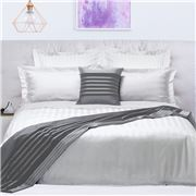 Odyssey Living - 1000 TC Quilt Cover Set White Queen 3pce