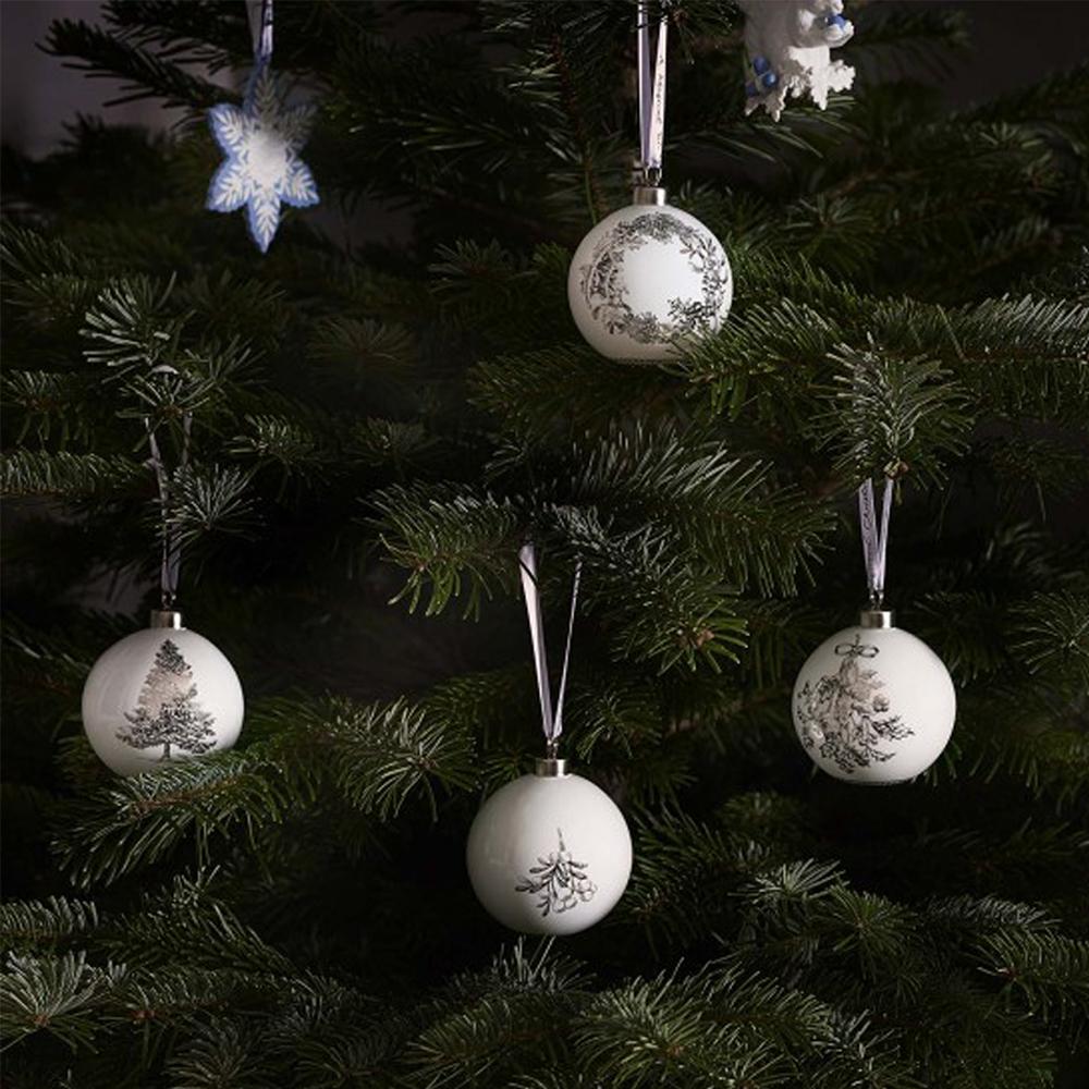 Wedgwood Christmas Ornaments 2019.Wedgwood 2019 Winter White Mistletoe Christmas Ornament