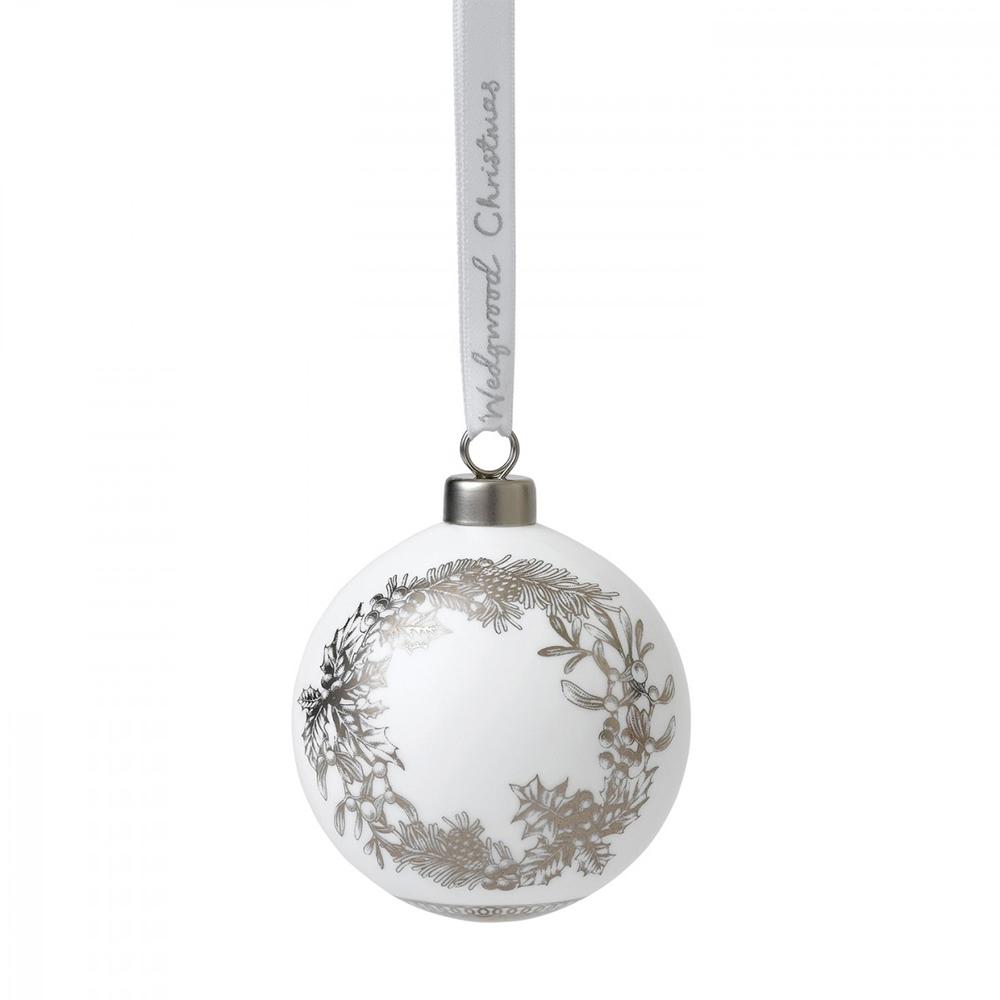 Wedgwood Christmas Ornaments.Wedgwood 2019 Winter White Wreath Christmas Ornament