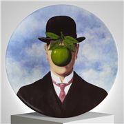 Ligne Blanche - Magritte La Grande Guerre Limoges Plate 21cm