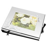 Wedgwood - Vera Wang Lace Bouquet Guest Book