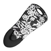 Built NY - Sizzler Garden Rose Black & White Oven Mitt