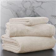 Matouk - Milagro Ivory Hand Towel