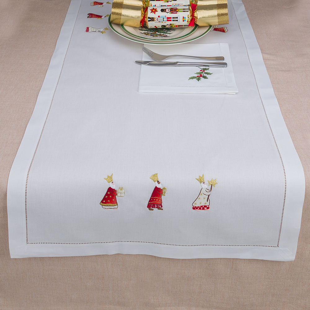 NEW Christmas Napery Three Wise Men Table Runner