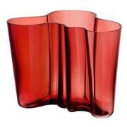 iittala - Alvar Alto Cranberry Vase 16cm