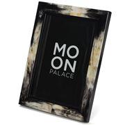 Moon Palace - Grainular Horn Frame 20x30cm