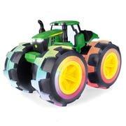 John Deere - Monster Treads Lightning Wheels 4WD Tractor