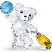 Swarovski - Kris Bear I Travel The World