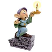 Disney - A Light In The Dark Dopey Figurine